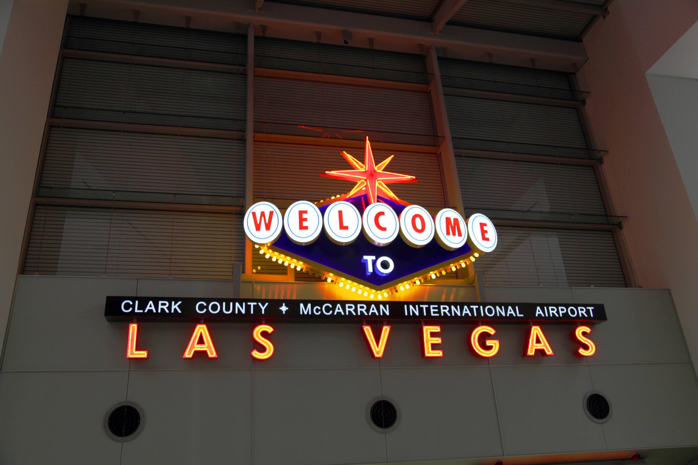 Стриптизерши в Лас-Вегасе принимают биткоины