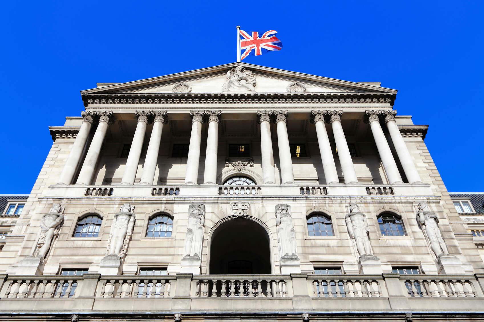 Банк Англии тестирует платежи на технологии распределенного реестра