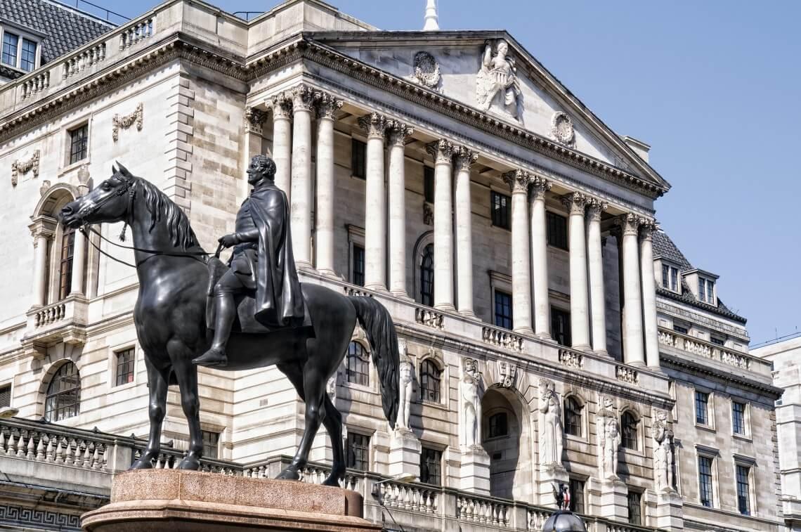 Банк Англии не видит угрозы в криптовалютах