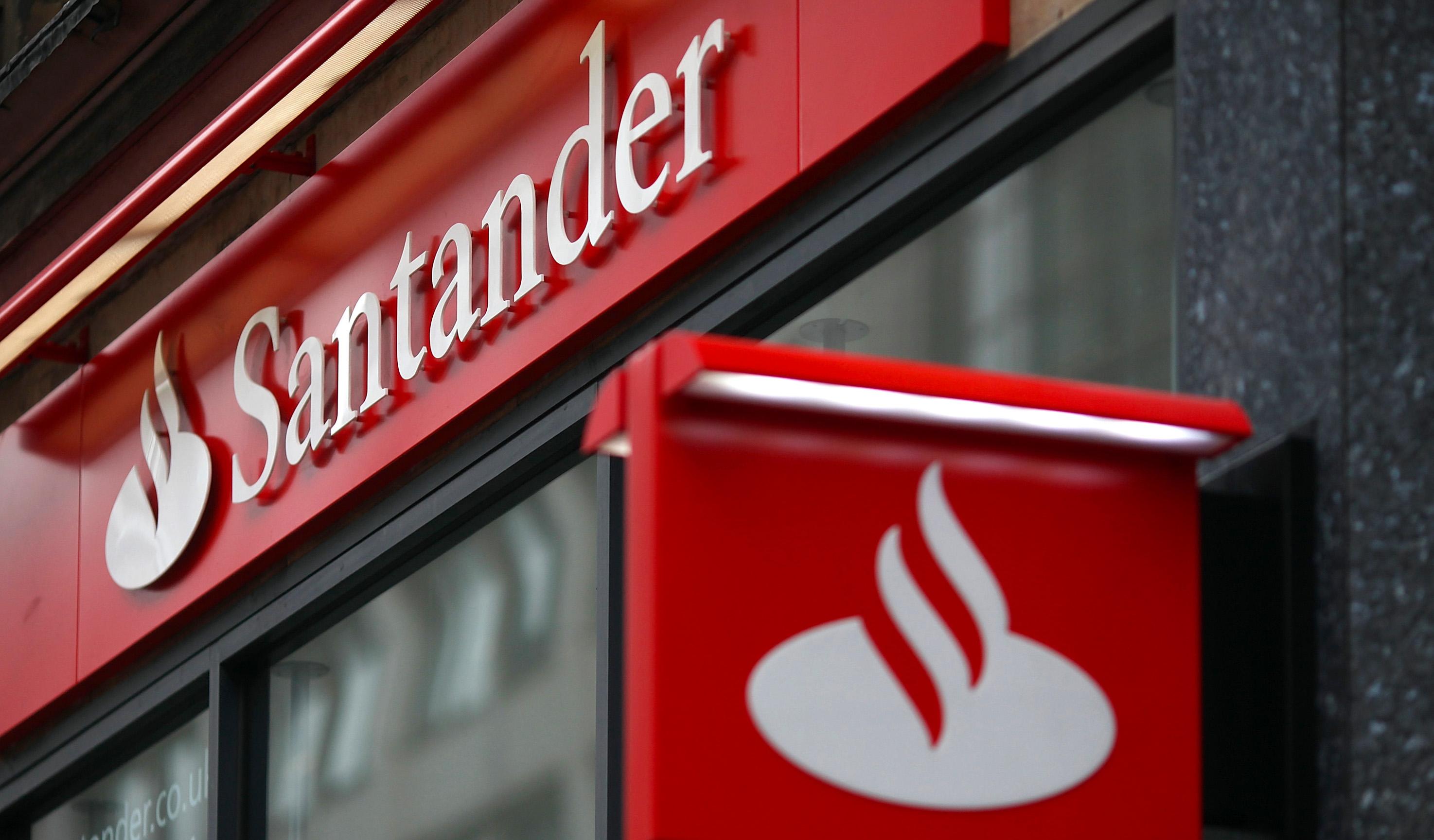 Santander прокомментировал слухи о разрыве с Coinbase