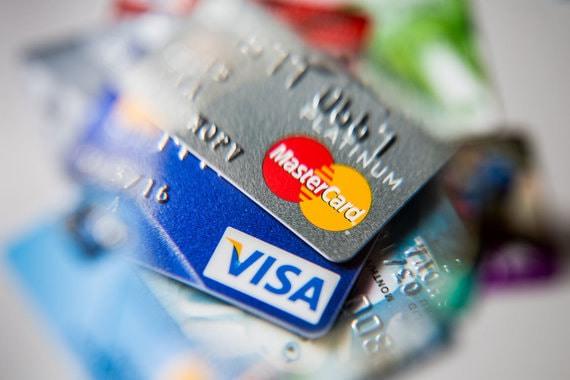 Mastercard и Visa могут запретить обслуживание платежей в Венесуэле