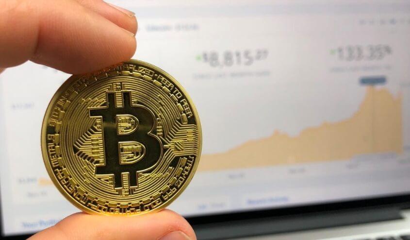 Новый годовой максимум биткоина 11,3 тысячи долларов