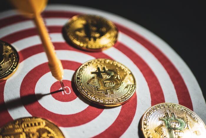 Еще один аналитик видит биткоин по 100 тыс. долларов