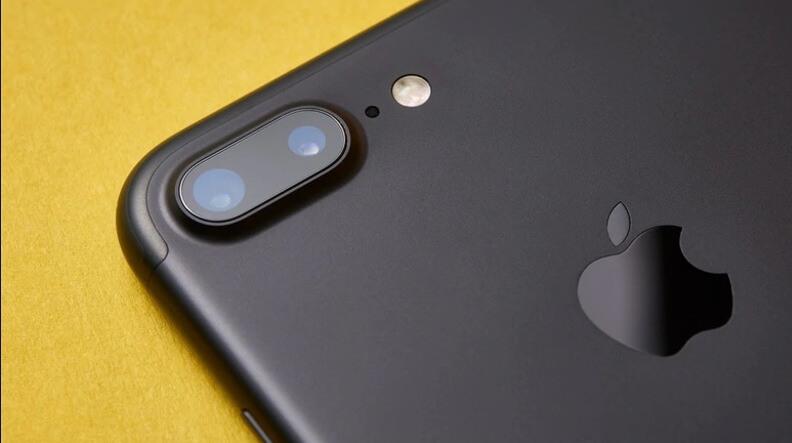 Apple не планирует запускать собственную криптовалюту, — Тим Кук