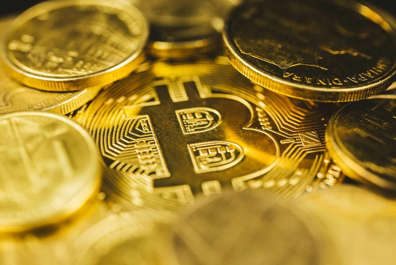 Экономист рассказал о пирамидальной структуре биткоина
