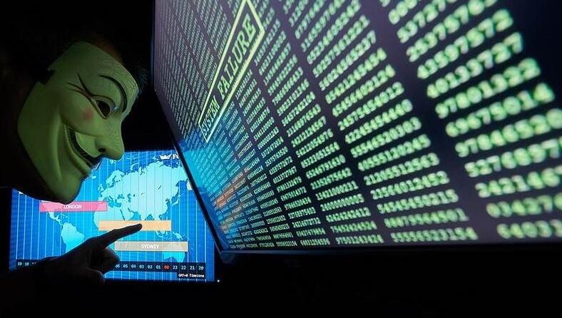 Сотрудник Microsoft из Украины осужден в США за кражу 10 млн долларов