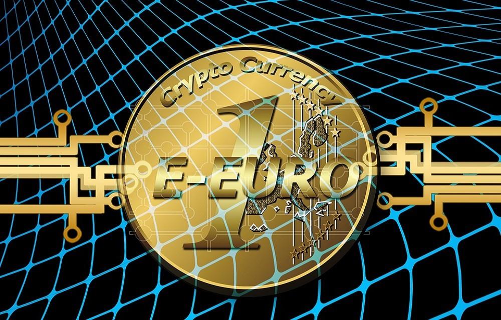 Глава ЕЦБ предлагает обсудить цифровой евро