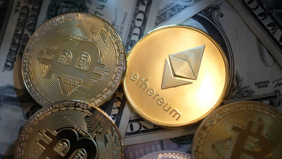 За один день рынок криптовалют потерял $1 трлн капитализации
